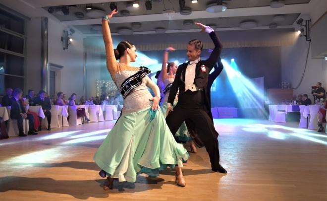 VIDEO: 3. Módní ples
